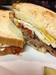 cuchi-cuchi-sandwich